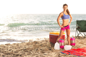 fitness-model-ting-wang-beach-standing-exercises