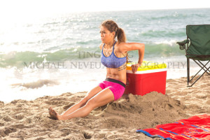 fitness-model-ting-wang-beach-tricep-dip
